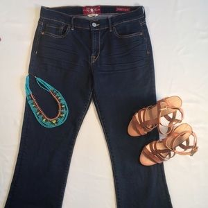 Lucky Brand Jeans. Sweet N Low. Sz 10/30 R